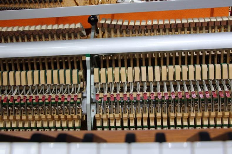 英昌钢琴UC118 4.jpg