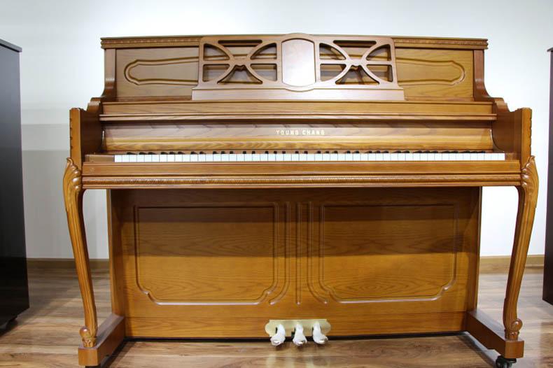 英昌钢琴UC118 3.jpg